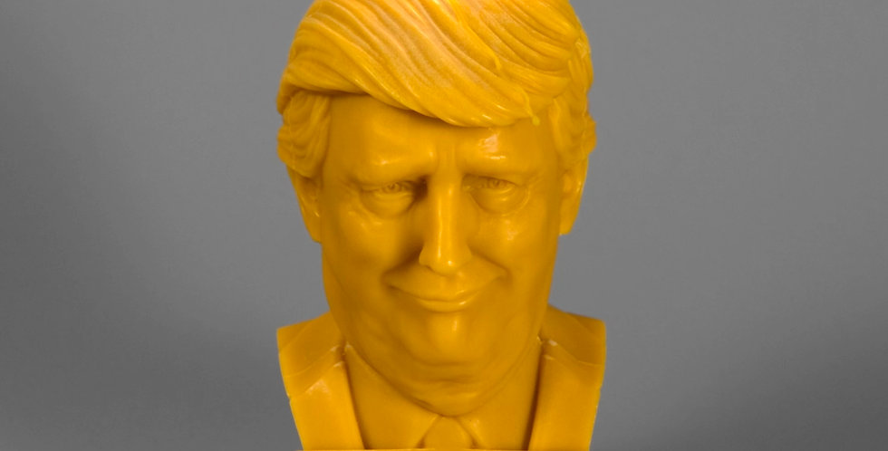 THE TRUMP CANDLE