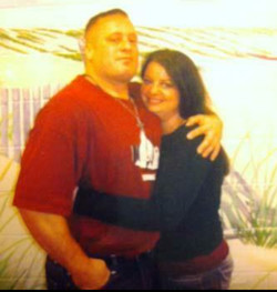 Gunners first prison visit with his wife Maria