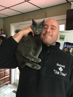 Gunner the cat lover