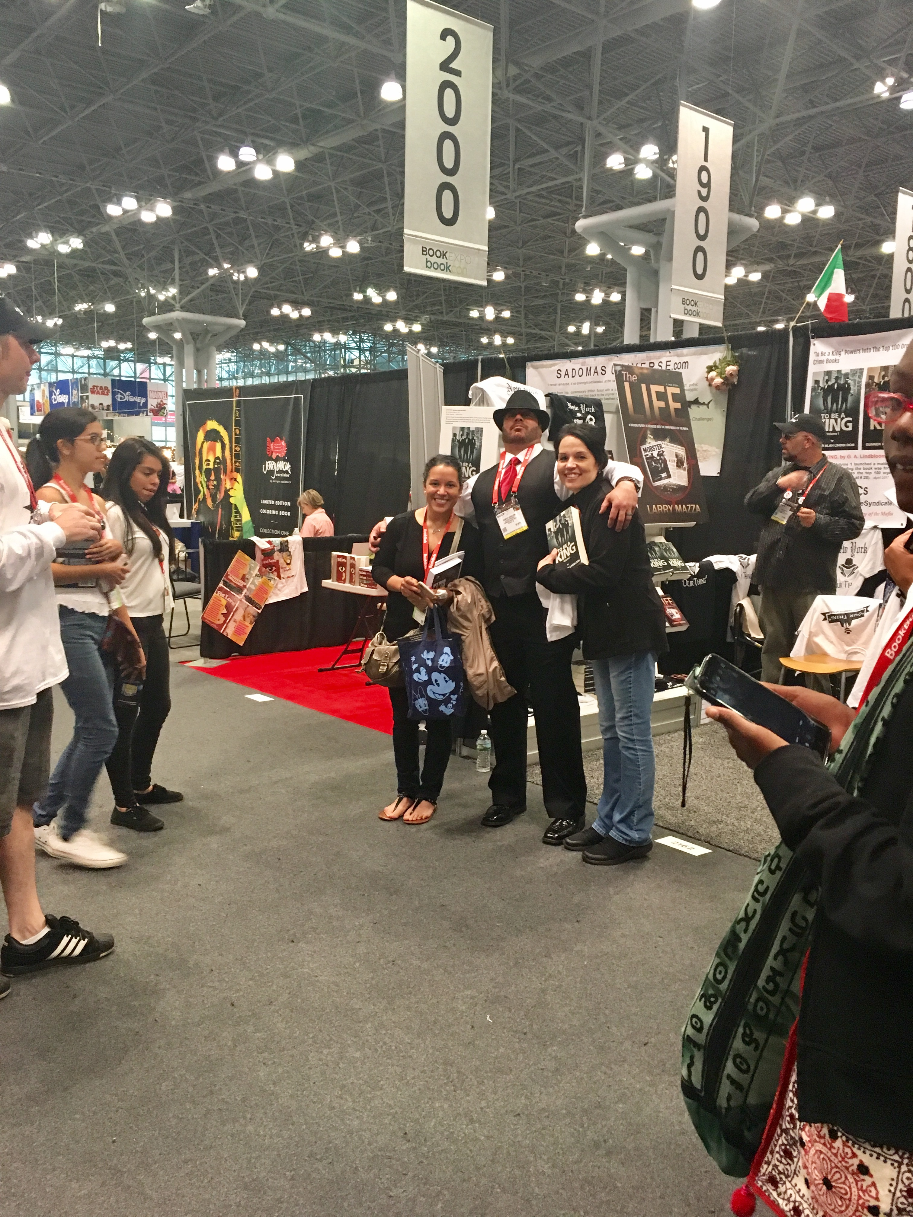 Gunner at Book Con NYC