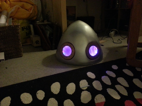 Head with eyes