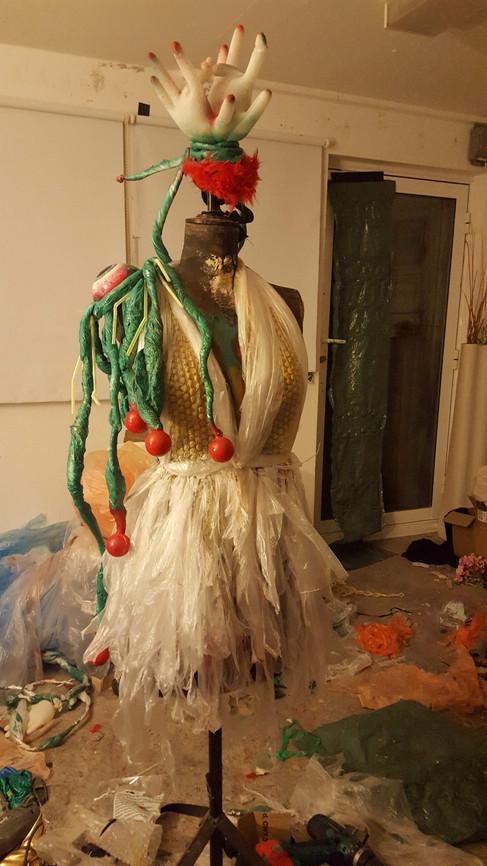 Quisquillia Costume
