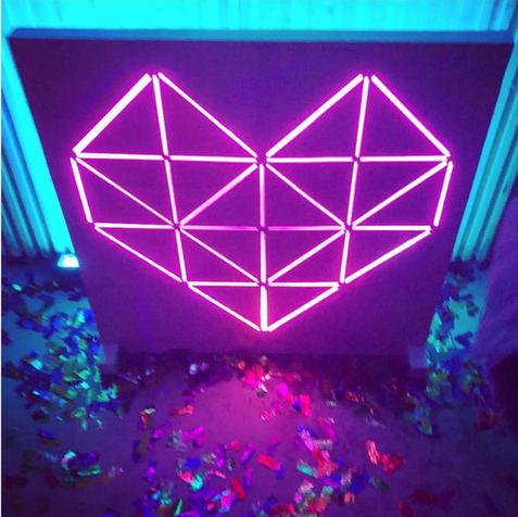 Heart Lightbox
