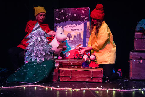 stage lit-puppet detail-9.jpg