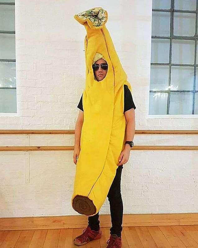 Banana costume
