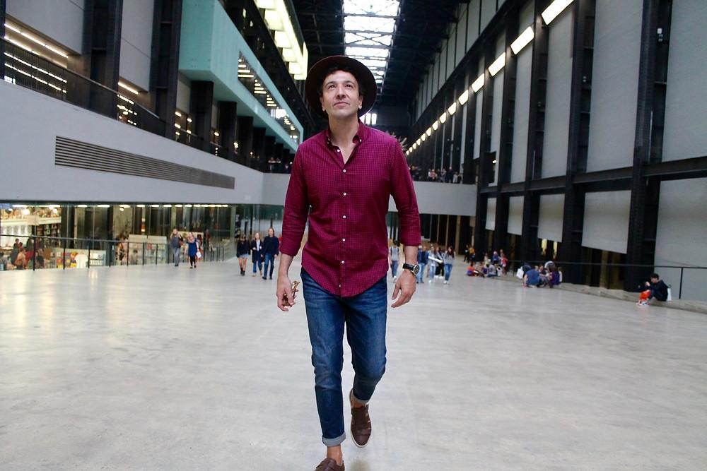 the trendy man en Tate Gallery