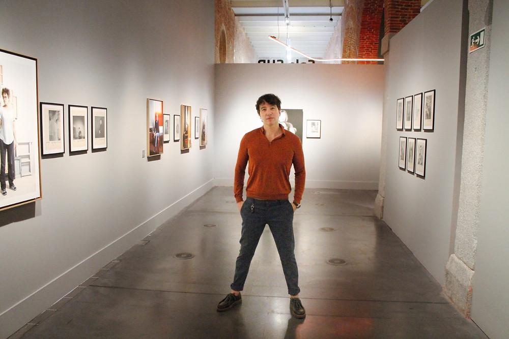 Miguel Biedma posa en las instalaciones del Centro Conde Duque de Madrid