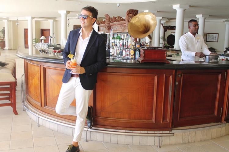 the-trendy-man-bar-the-residence-mauriti