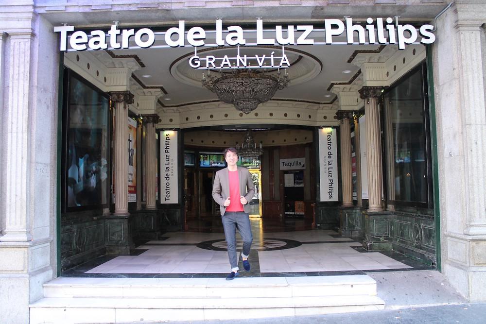 Miguel Biedma en el teatro de la Luz Philips