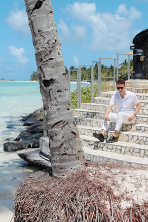 the-trendy-man-beach-the-residence-mauri