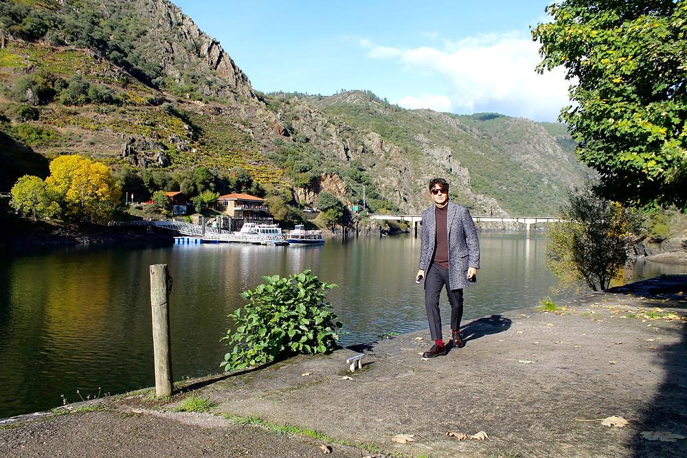 The Trendy Man con un abrigo de Mango