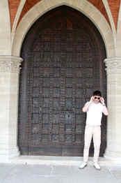 the-trendy-man-iglesia-san-marino.jpg