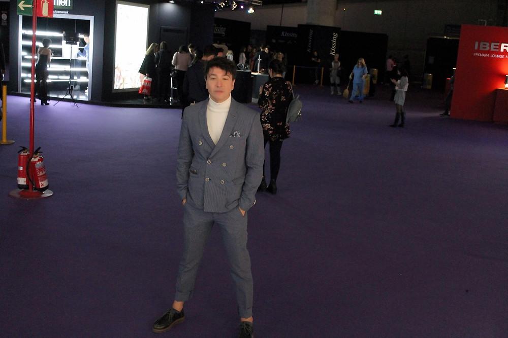 The Trendy Man a la salida de un desfile de la Madrid Fashion Week