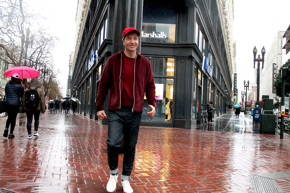 The Trendy Man paseando en Union Square, San Francisco