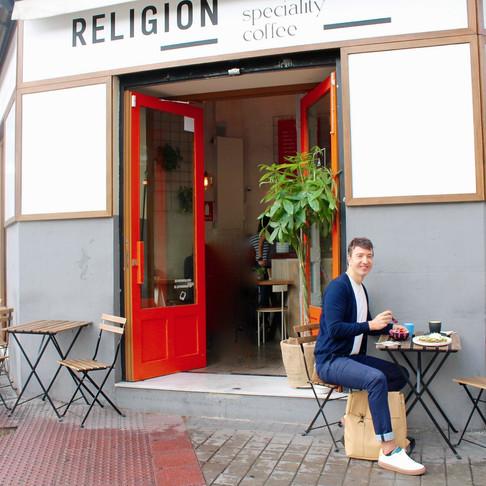 """EL MEJOR """"BLUE LATTE"""" ESTÁ EN RELIGION COFFEE"""