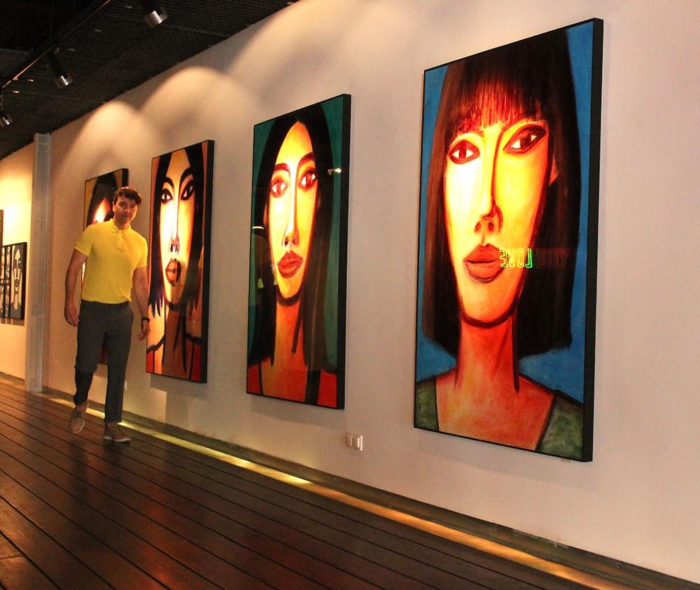 The Trendy man en la exposición de Oscar Mariné