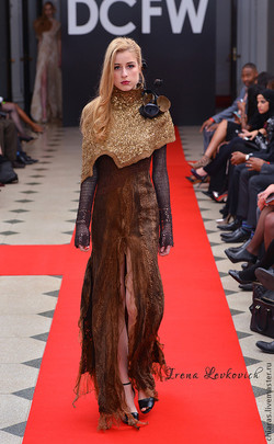 THE MISTRESS OF THE COPPER MOUNTAIN DRESS_2