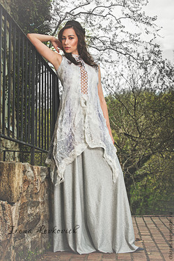 Tunic and skirt in light gray silk and wool 4
