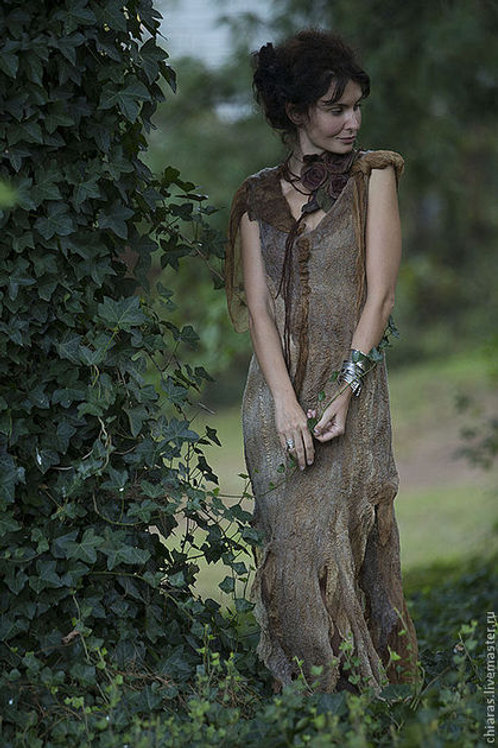 "Size L-XL. Will Send You "" Fairytales of the Viennese forest"" Dress"