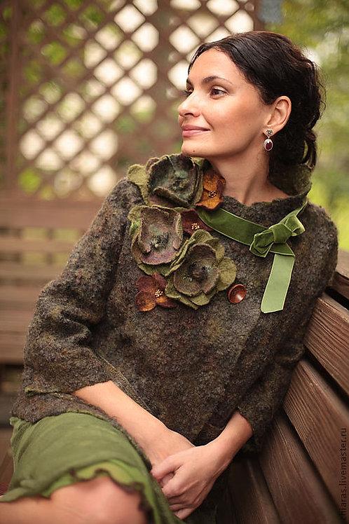"Size M. ""Spring in Paris.Green""Jacket"