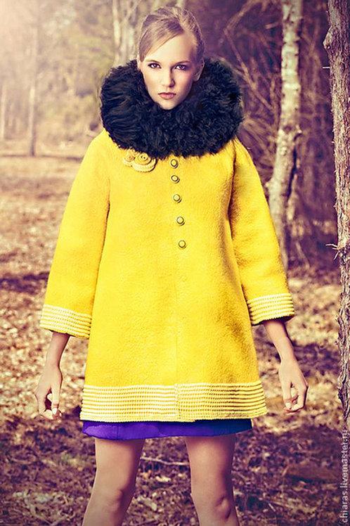 "Size XL-XXL. Will Send You. ""Yellow"" Coat"