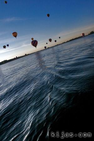 Kijas Hot Air Balloon Lake