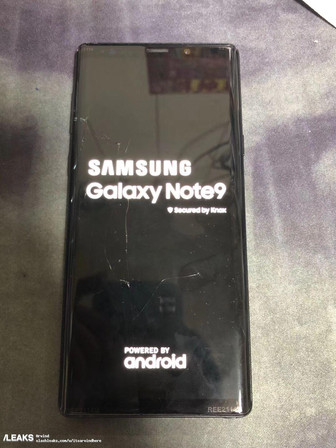 Samsung Galaxy Note9 leaked in live photos
