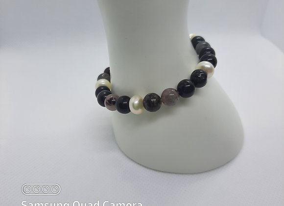 Fresh Water White Pearl and Dark Agate Bracelet