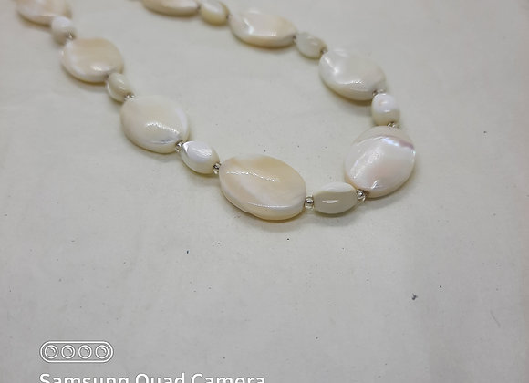 White Mother of Pearl Necklace