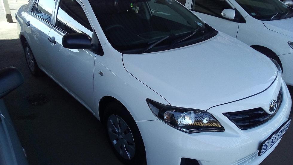2014 Toyota Corolla Quest 1.6 (White)