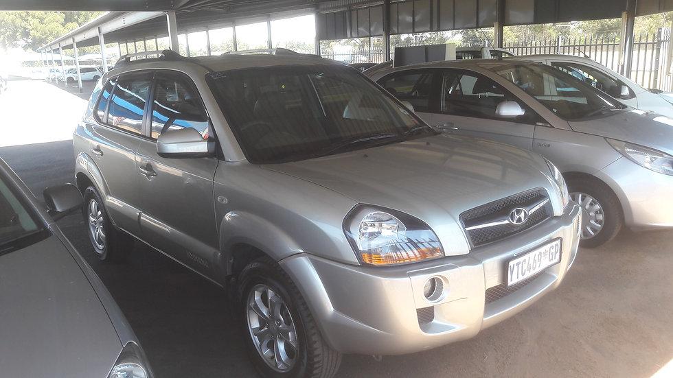 2009 Hyundai Tucson 2.0 GLS (Gold)