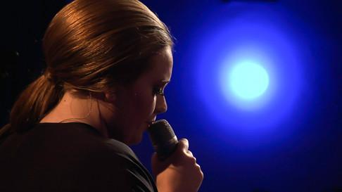 Adele (Live Concert)