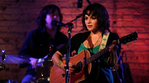 Norah Jones (Live Concert)