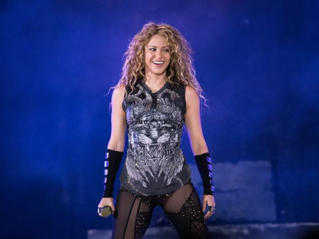 Shakira performs at the Super Bowl Halftime show
