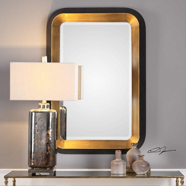 Nuova Mirror