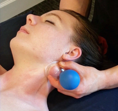 Using Silicone Cup to Release Back
