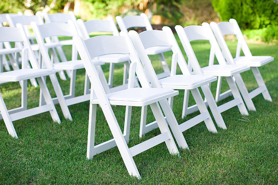 Magnificent All Occasion White Resin Folding Chair With White Vinyl Squirreltailoven Fun Painted Chair Ideas Images Squirreltailovenorg