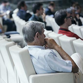auditorium-2816353_1920.jpg