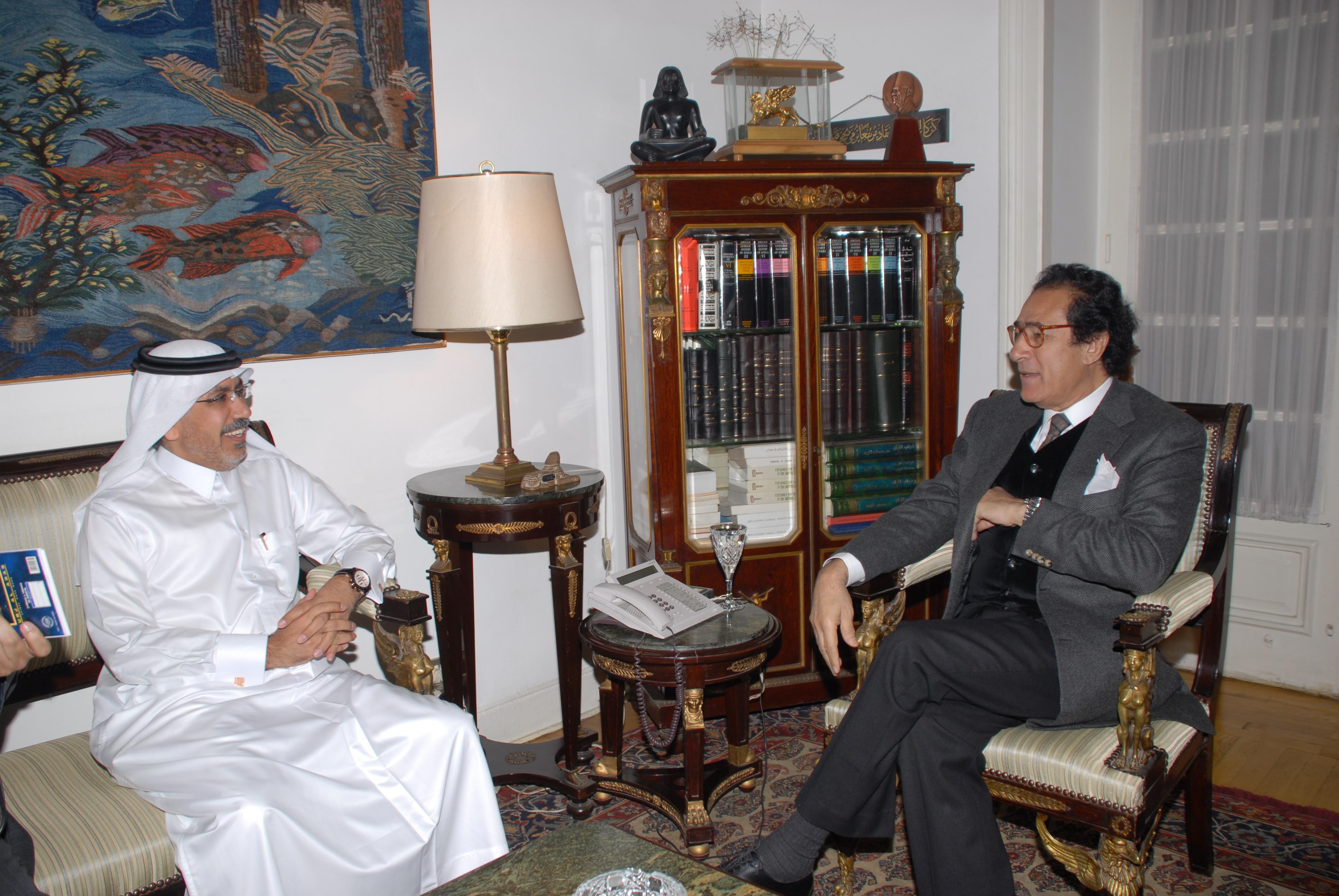 لقاء مع السيد فاروق حسني