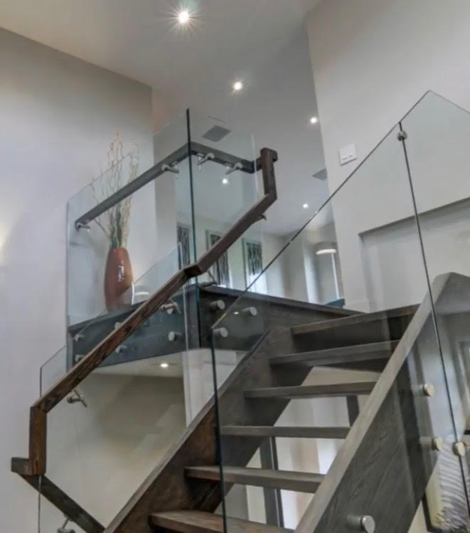 Structural 12mm Glass