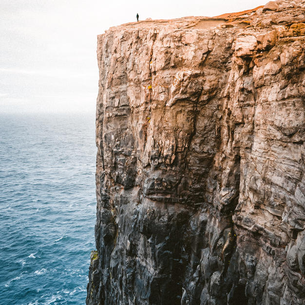 Major Signs You Are Driving Your Life Down A Cliff