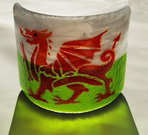 Welsh Flag - Glass Curve