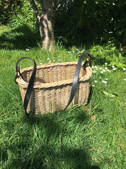 Willow Handbag With Leather Strap and Stripe
