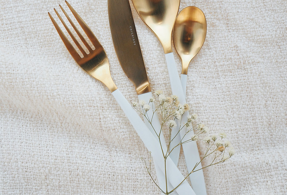 White & Gold Cutlery Set