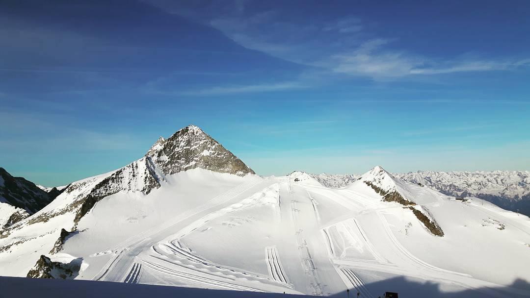 Panoramski pogled na vrh Hintertuxa