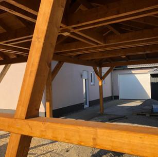 Walmdach, Sichtdachstuhl