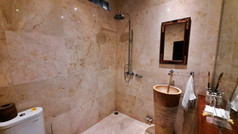 room01-08.jpg