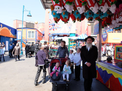 Yiddish at Luna Park