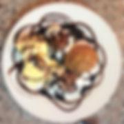 Vanilleeis mit Bananencake.JPG