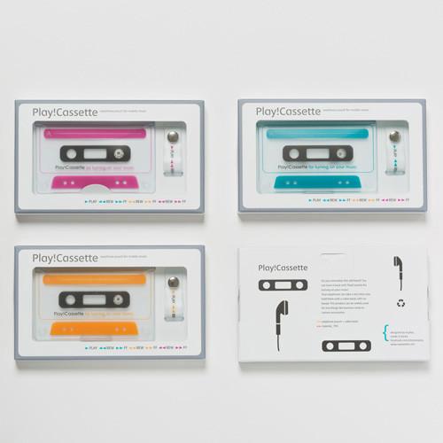 play-cassette_earphone-case_shop-04.jpg